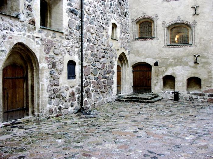 Turun Linna courtyard