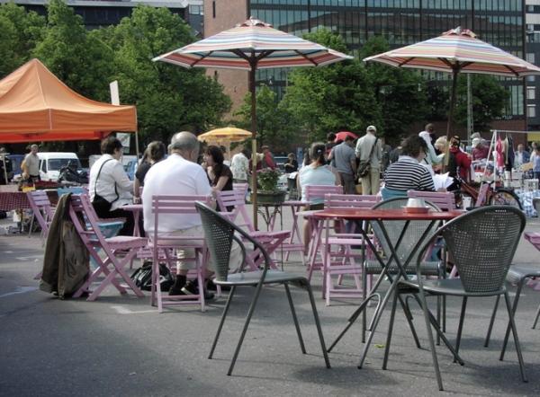 Hietaniemi flea market cafe 2