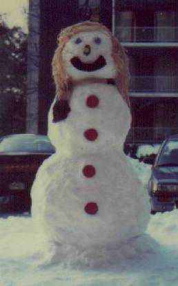 Red button snowman