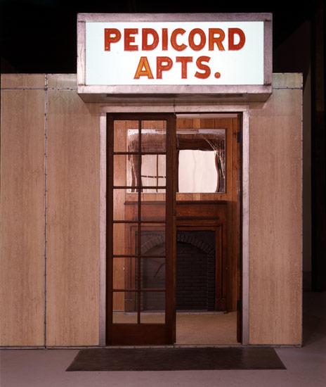 Pedicord entrance