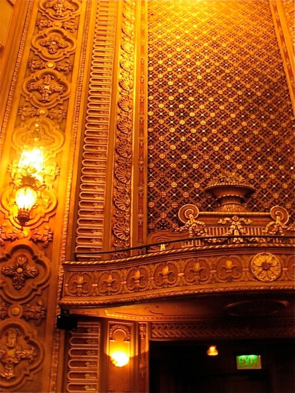 stage-left-organ-screen1