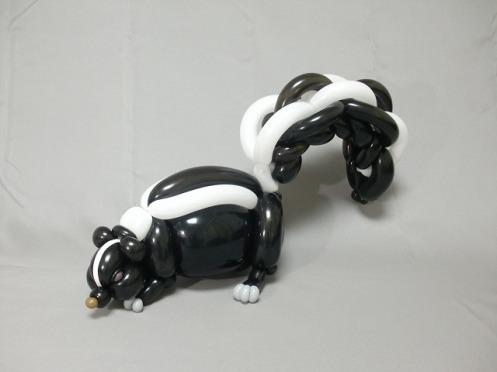 balloon skunk